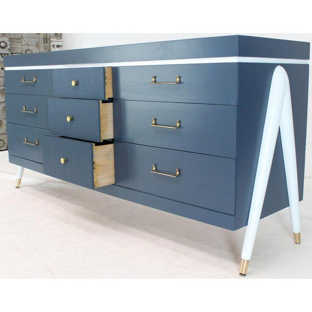 Mid-Century Modern White and Blue Exposed Sculptural Compass Shape Legs Nine Drawers Dresser For Sale - Image 3 of 9