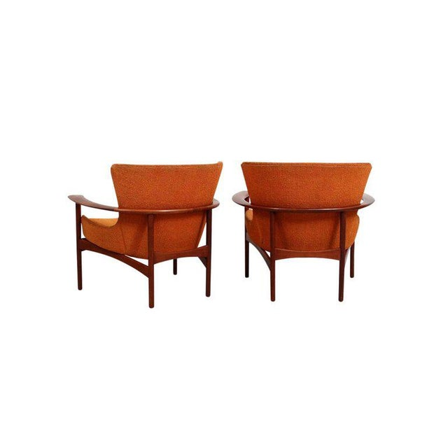 "Pair of ""Horseshoe"" Lounge Chairs by Kofod-Larsen For Sale In Boston - Image 6 of 11"