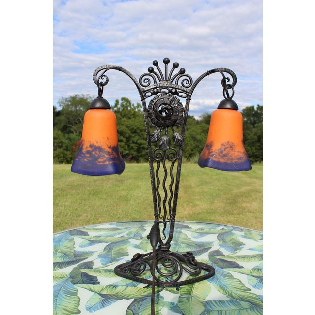 1920s French Art Deco Wrought Iron Double Lamp With Glass Shades For Sale - Image 4 of 12