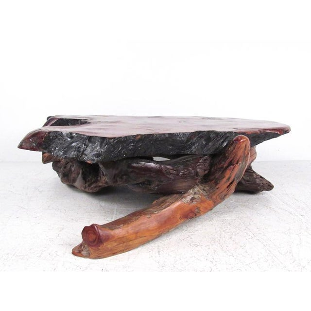 Stunning Mid-Century Tree Slab Coffee Table For Sale In New York - Image 6 of 10