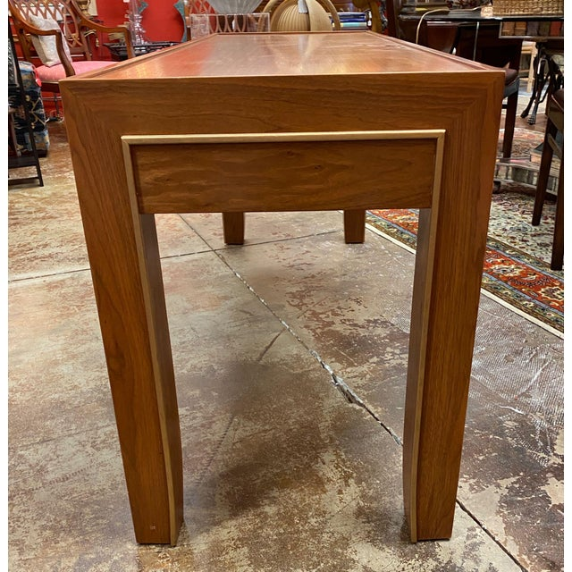 Mid-Century Modern Mid-Century Modern Console Table For Sale - Image 3 of 12