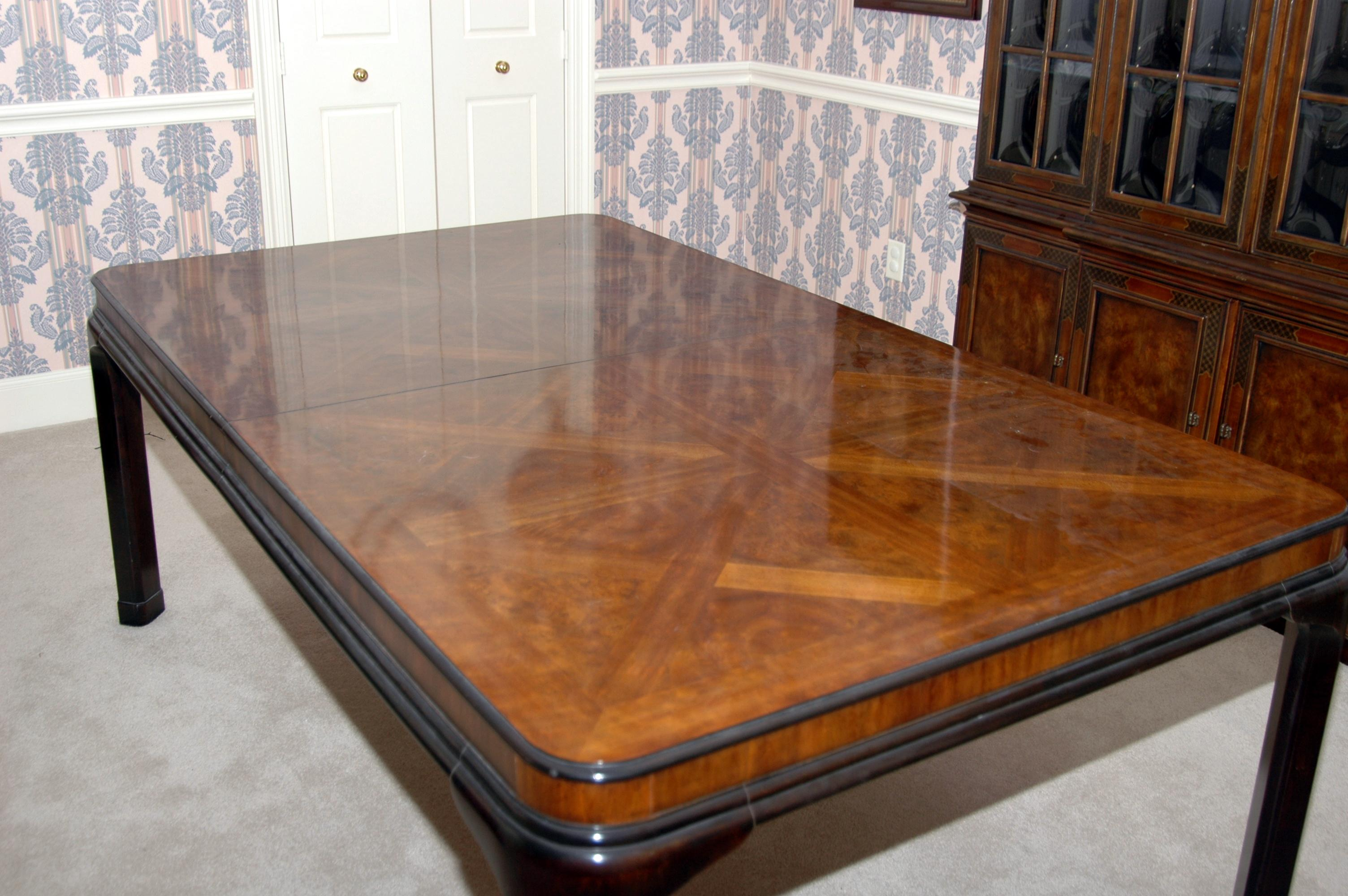 Traditional Vintage Drexel Heritage Dining Table For Sale   Image 3 Of 8