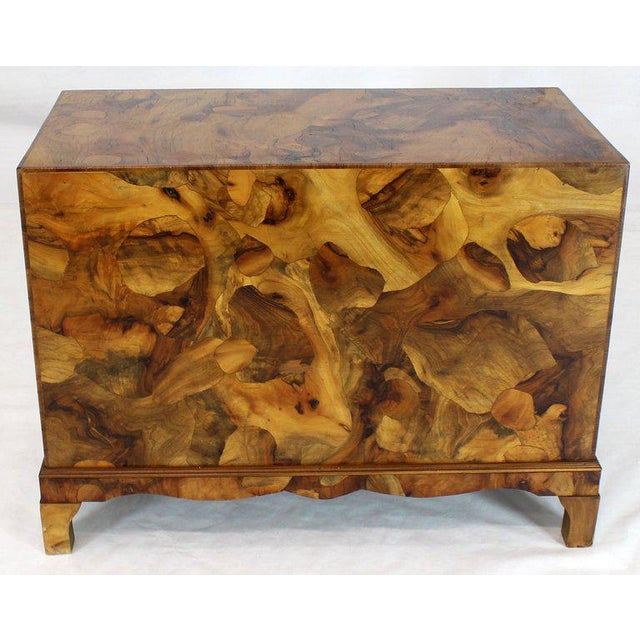 Brass 1970s Mid-Century Modern Italian Burl Olive Wood Patch Parquetry 3-Drawer Bachelor Chest For Sale - Image 7 of 11