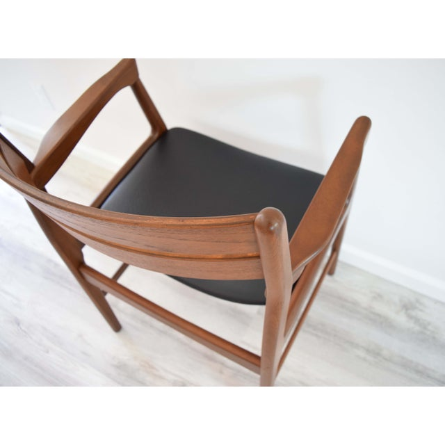 Mid Century Modern Dining Chairs - Set of 4 For Sale In San Francisco - Image 6 of 13