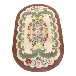 "Early American Handmade Hooked Rug - 3' x 4' 9"" For Sale"