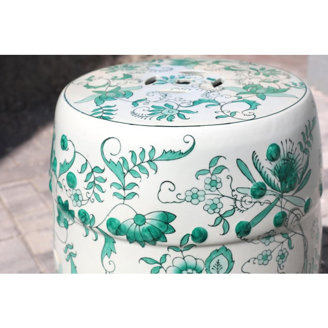 Green and White Garden Stool Table With Hand-Painted Flowers and Vines For Sale In Tampa - Image 6 of 12