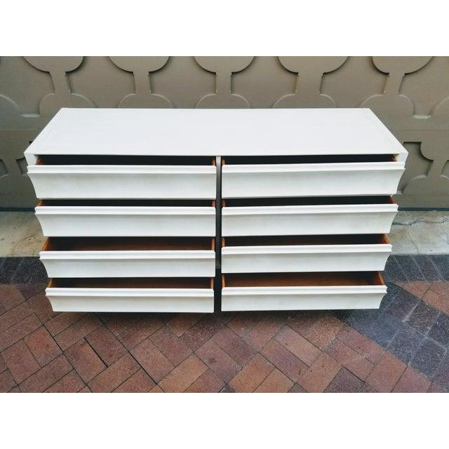 Mid-Century Modern Paul Laszlo Mid-Century Mahogany Dresser For Sale - Image 3 of 11