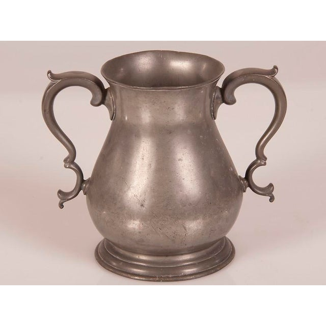 English Traditional Large Pewter Urn with Two Shaped Handles from England c.1850 For Sale - Image 3 of 6