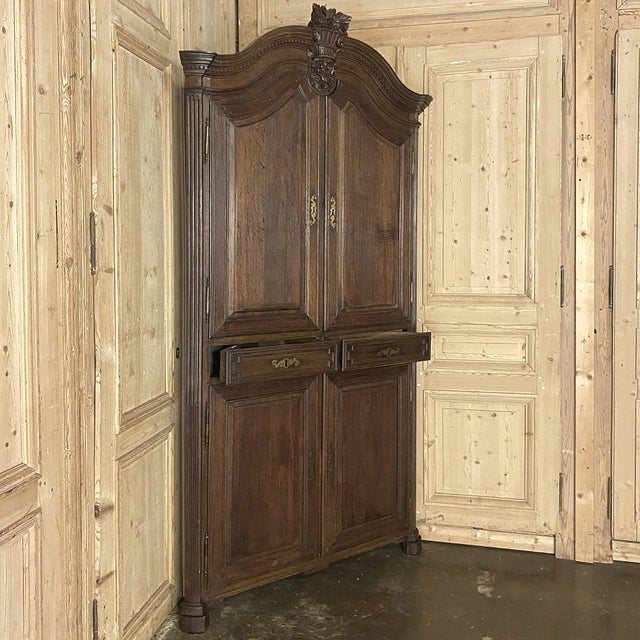 Late 18th Century 18th Century French Louis XVI Corner Cabinets - a Pair For Sale - Image 5 of 13