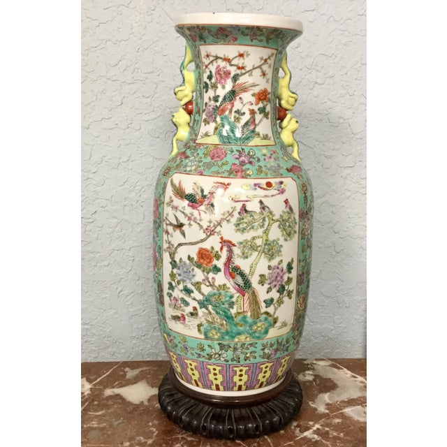 19th Century Chinese Export Vase For Sale - Image 10 of 10