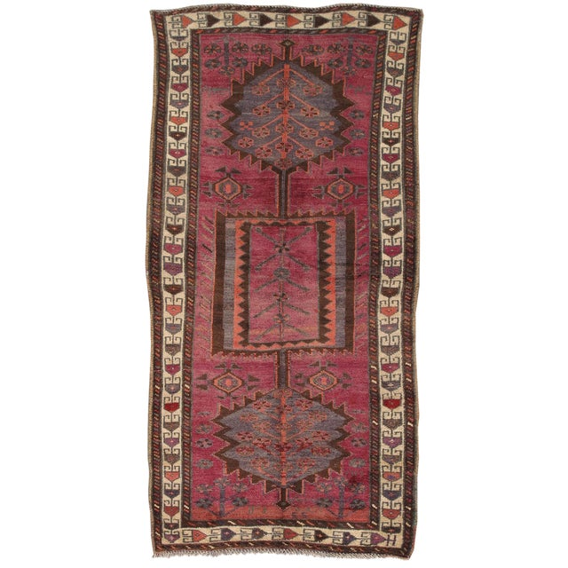 Vintage lori wool area rug 3 39 5 x 7 39 chairish - How to make a wool accent rug work for your space ...