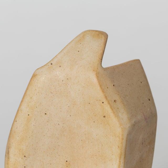 Ceramic Corte Ceramic Vase by Gabriela Valenzuela-Hirsch For Sale - Image 7 of 10
