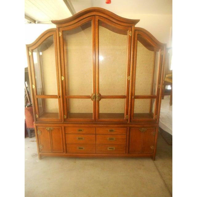 Hickory Mfg. Co. Lighted 2 Piece China Cabinet - Image 2 of 9