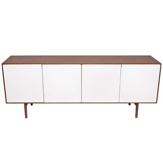 FLORENCE KNOLL WALNUT CREDENZA OR CABINET FOR KNOLL, 1950S For Sale