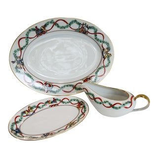 Vintage Fitz & Floyd Christmas Wonderland Fine Porcelain - Large Oval Platter & Gravy Boat with Underplate - Set of 3 For Sale