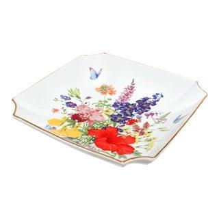 Vintage Japanese Decorative Porcelain Toyo Plate For Sale