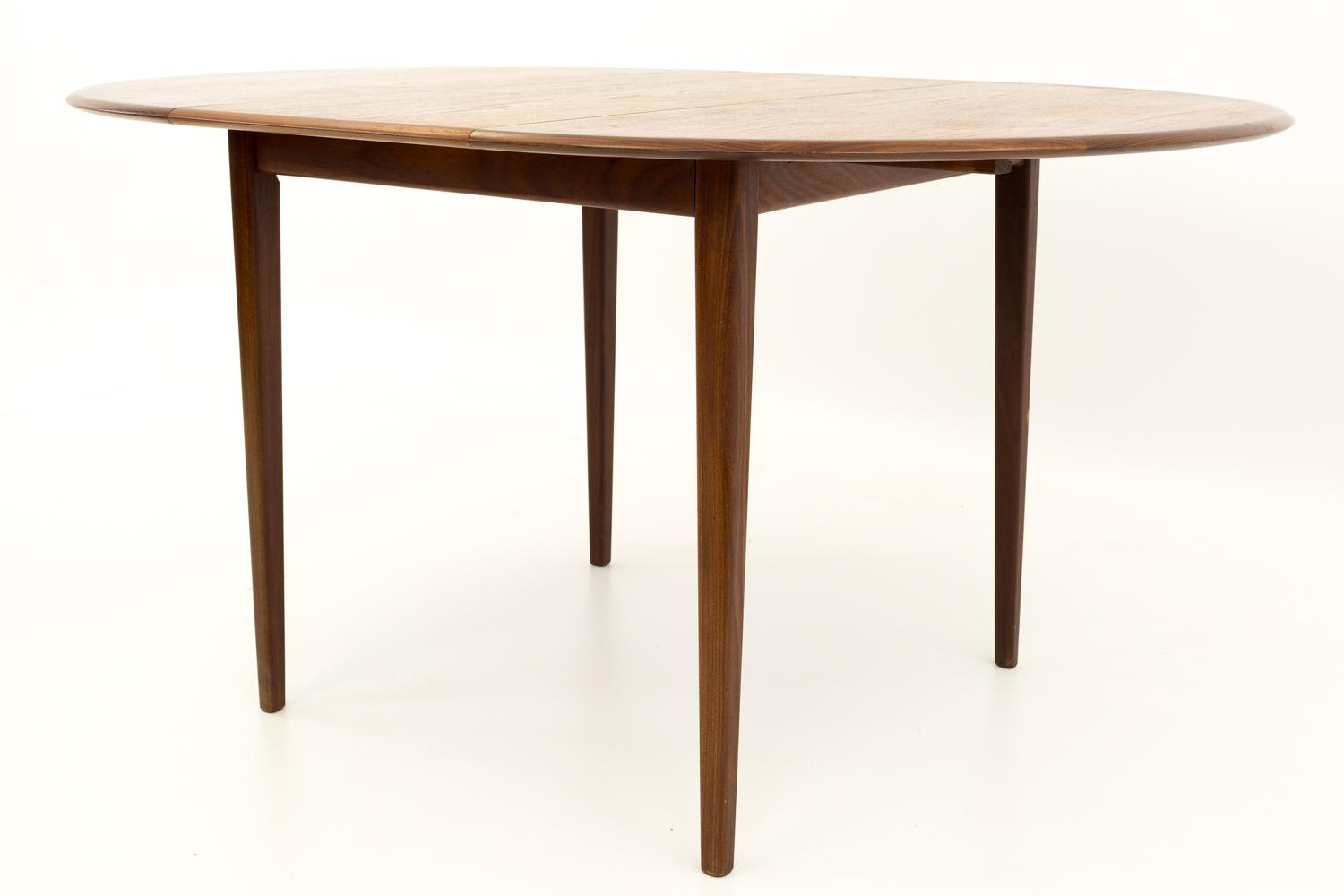 Mid Century Modern Mid Century Modern Round Oval Teak Dining Table For Sale    Image