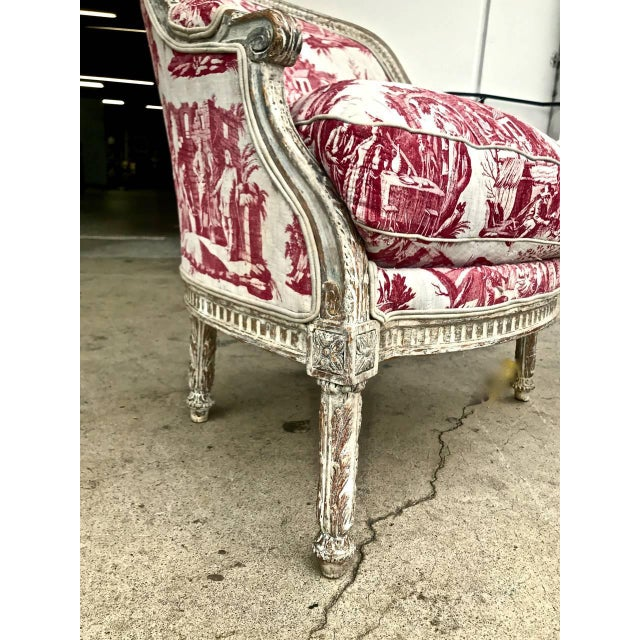 Late 18th Century Louis XVI 18th c. French Painted Bergere in Early 19th Century Toile For Sale - Image 5 of 6