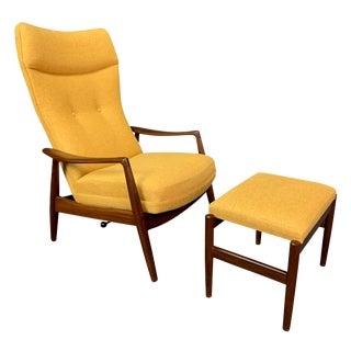 "Vintage Danish Mid Century Modern Teak ""Tove"" Lounge Chair and Ottoman Set by Ib Madsen and Acton Schubell for Bovenkamp For Sale"