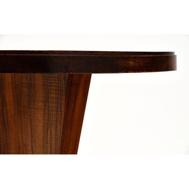 1940s Art Deco Period Walnut Gueridon Table For Sale - Image 5 of 10