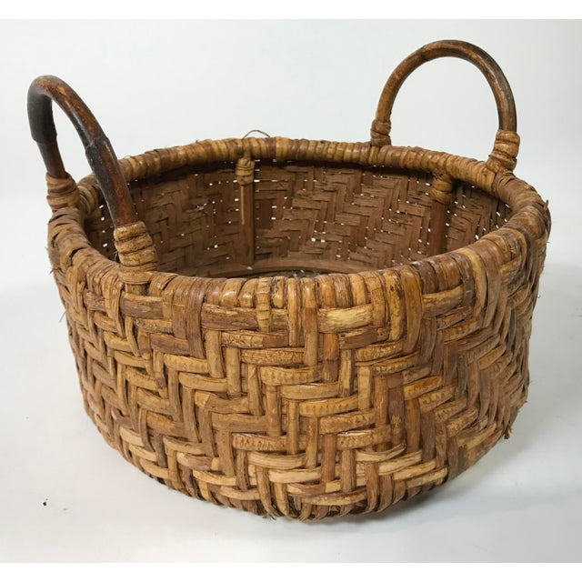 Early 20th Century Woven Wicker Basket For Sale - Image 4 of 7