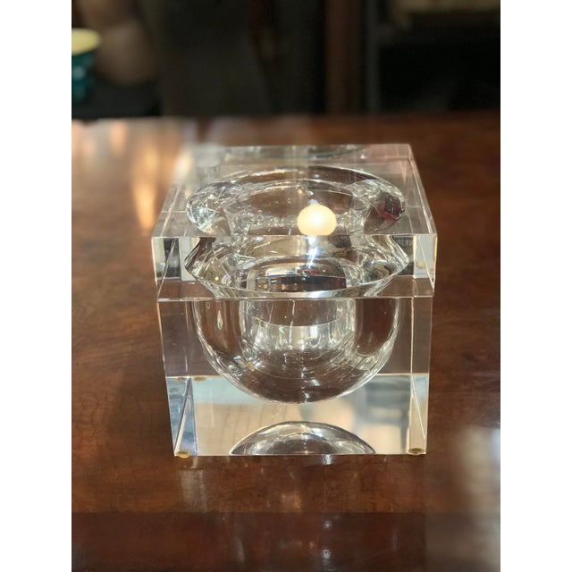 Alessandro Albrizzi Vintage Alessandro Albrizzi Lucite Swivel Top Ice Bucket For Sale - Image 4 of 4