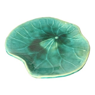 Vintage Studio Ceramic Green Lilly Pad Lotus Leaf Plate For Sale