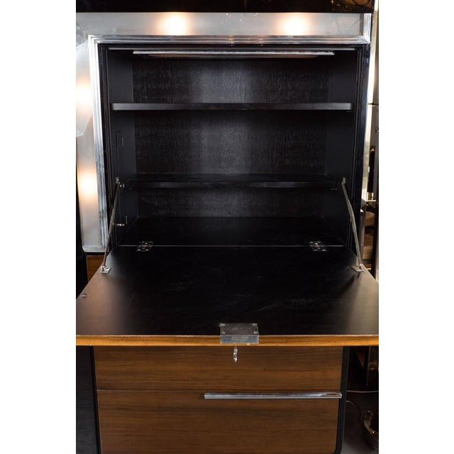 Glass Art Deco Bar Cabinet in Walnut and Black Lacquer For Sale - Image 7 of 10