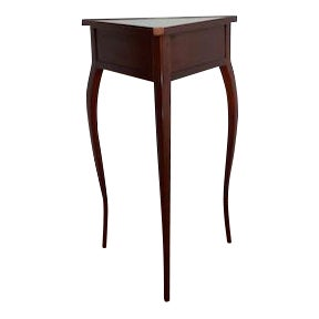 Grange Curved Three Legged Table