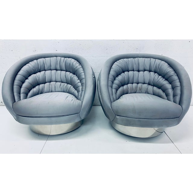 """Pair of Vladimir Kagan """"Crescent"""" Swivel Club Chairs For Sale - Image 12 of 12"""