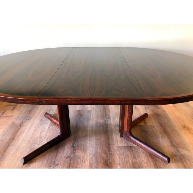 1970s Gudme Mobelfabric Danish MCM Rosewood Dining Table With 2 Leaves For Sale - Image 5 of 13