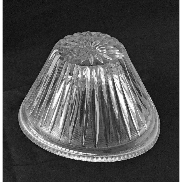 Crystal Mid-Century Modern Elegant Cut Crystal Bowl For Sale - Image 7 of 9