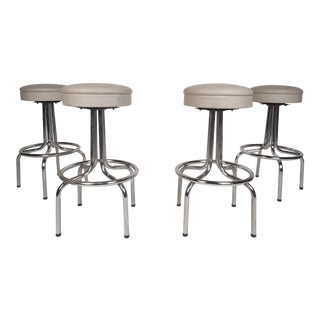 Set of Four Mid-Century Modern Swivel Bar Stools For Sale