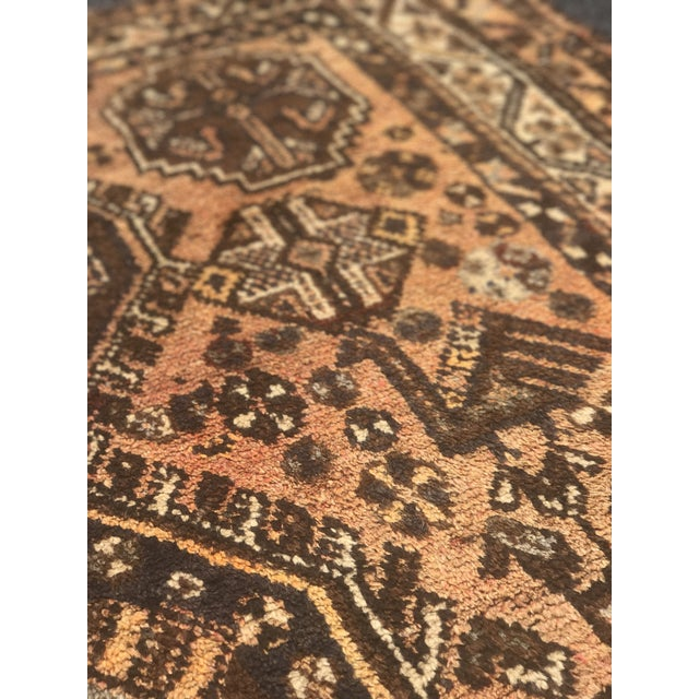 """Vintage Persian Shiraz Area 70-Year-Old Rug - 4'6"""" x 6'3"""" - Image 9 of 10"""