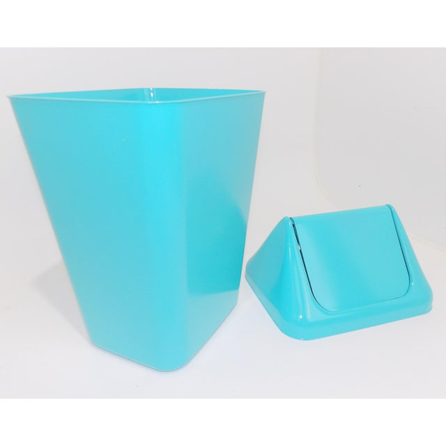 1980s 1980s Modern Aqua Plastic Trash Can Waste Receptacle For Sale - Image 5 of 7