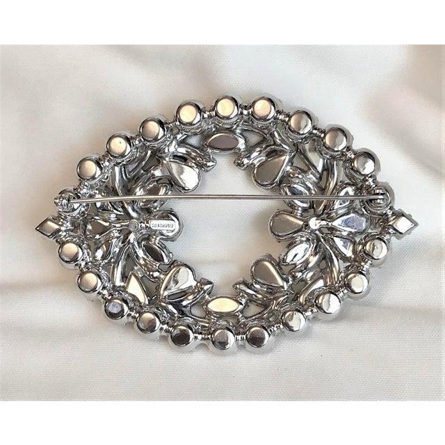 1960s 1960s Eisenberg Large Faceted Crystal Brooch For Sale - Image 5 of 9