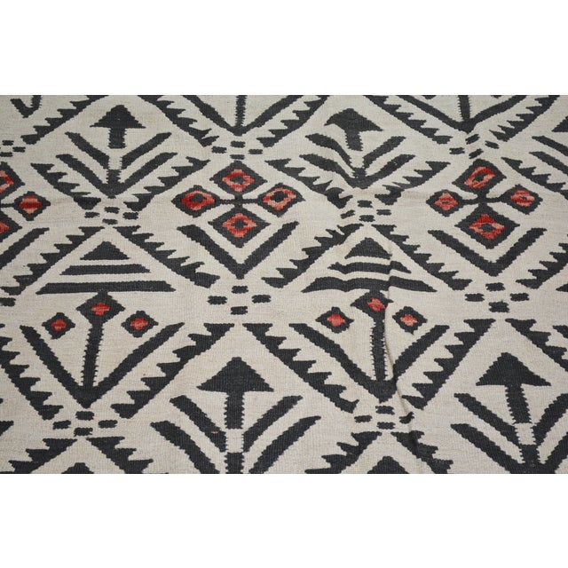 """Shabby Chic Vintage Afghan Tribal Natural Color Hand Made Organic Wool Maimana Kilim,4'x5'9"""" For Sale - Image 3 of 5"""