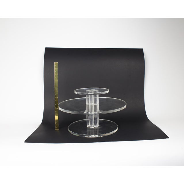 1960s Mid-Century Lucite Rotating Cake Stand For Sale - Image 5 of 6