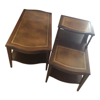 1940's Traditional Weiman Leather Top Mahogany Tiered Coffee and Side Table - 2 Pieces For Sale