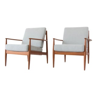 Pair of Teak Lounge Chairs by Grete Jalk for France & Son For Sale