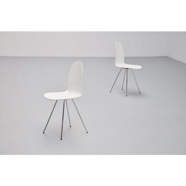 Pair of Arne Jacobsen Tongue chairs Fritz Hansen 1970s - Image 7 of 7