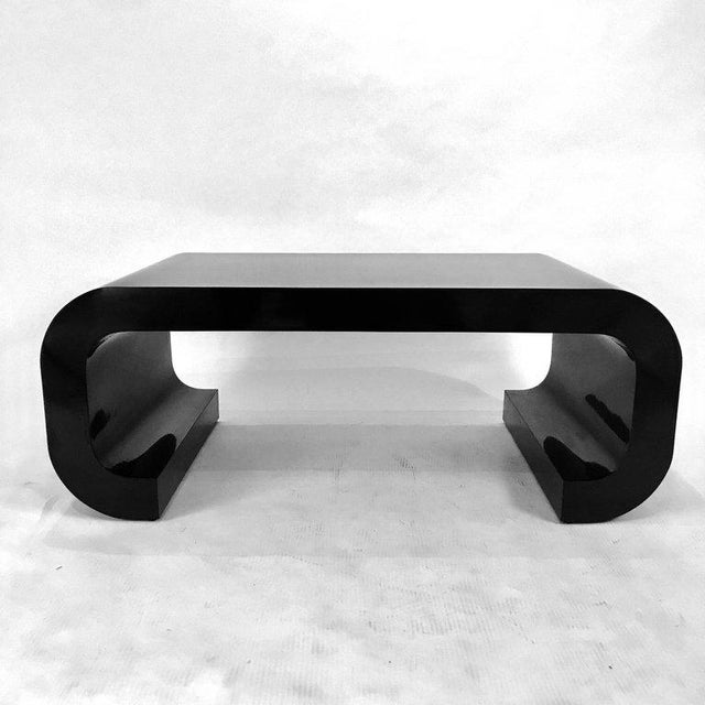 Sleek and Modern Chinoiserie Black Laminate Curved Coffee Table For Sale - Image 4 of 8