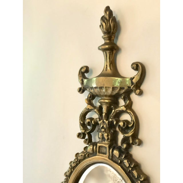 1940s Vintage Brass Mirrored Wall Sconce For Sale - Image 5 of 10