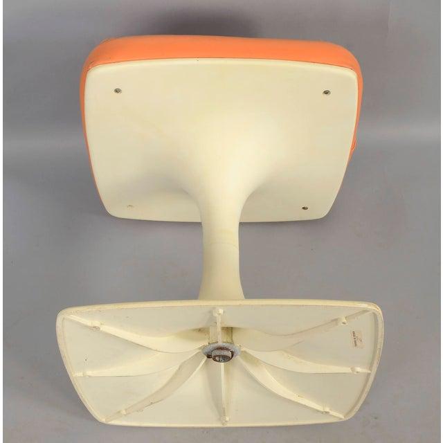 Tulip Based Stool Vanity Seat Eero Saarinen inspired. Made in Israel Seat rotates Condition: Good vintage condition. Minor...