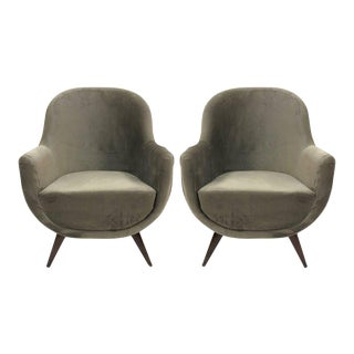 Pair of Gray Mid-Century Modern Italian Style Lounge Chairs For Sale