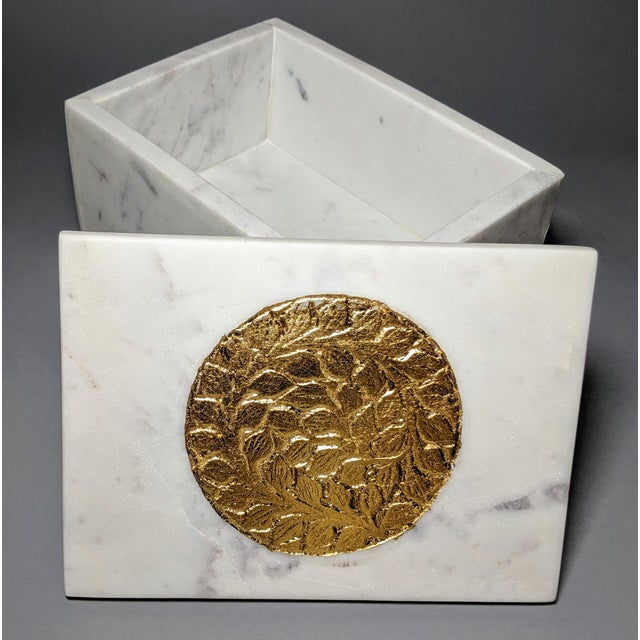 Early 21st Century Gold and White Decorative Box For Sale - Image 5 of 13