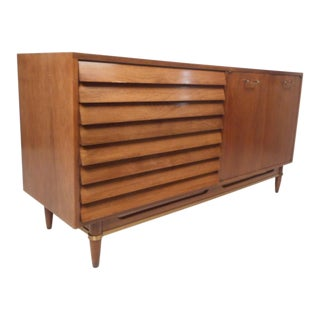 Mid-Century Modern Walnut Credenza by American of Martinsville For Sale