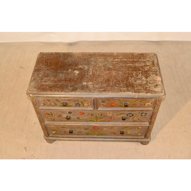 Wood 19th Century Painted Chest of Drawers For Sale - Image 7 of 10