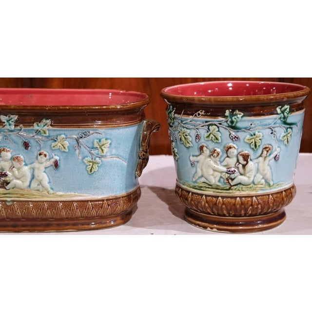 19th Century French Hand-Painted Barbotine Jardiniere & Cachepots - Set of 3 For Sale - Image 4 of 8