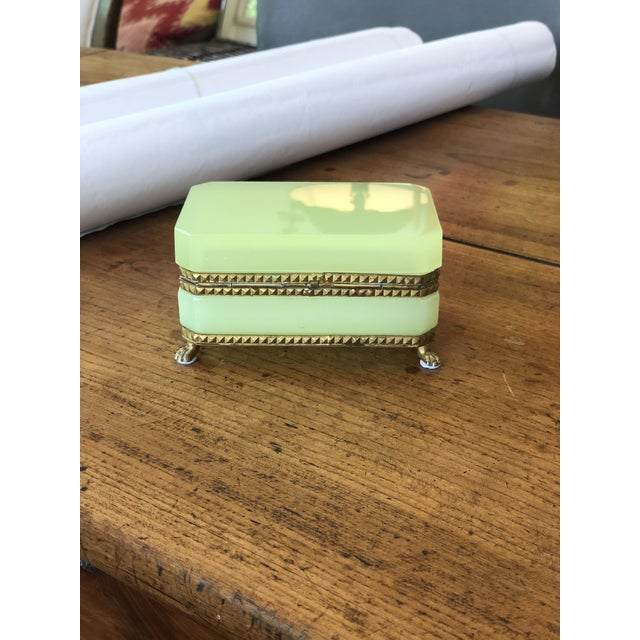 Traditional Yellow-Green Opaline Glass Box With Brass Trim and Feet For Sale - Image 3 of 9